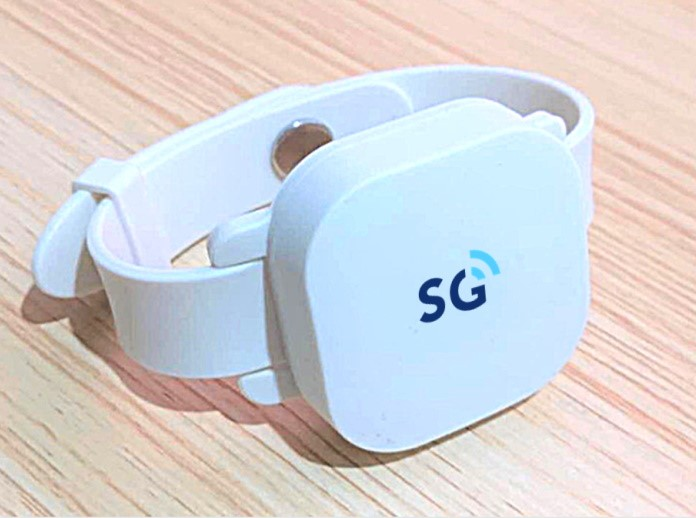 SGW8138 Bluetooth 5/BLE Beacon Wristband uses iBeacon technology over long distances and through walls